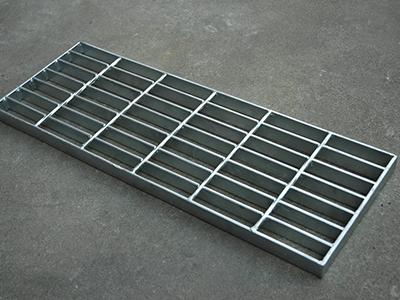 T1踏步镀锌钢格板