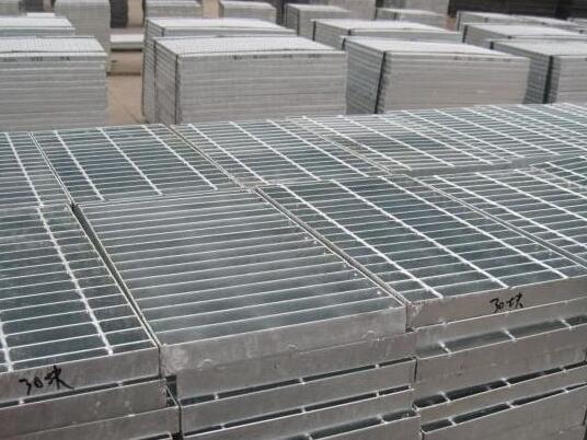 镀锌钢格栅板常用扁钢允许误差范围是多少?